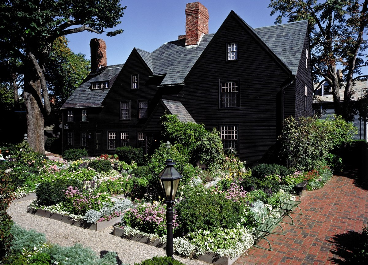 Filmmaker reception at the house of the seven gables for Gables on a house