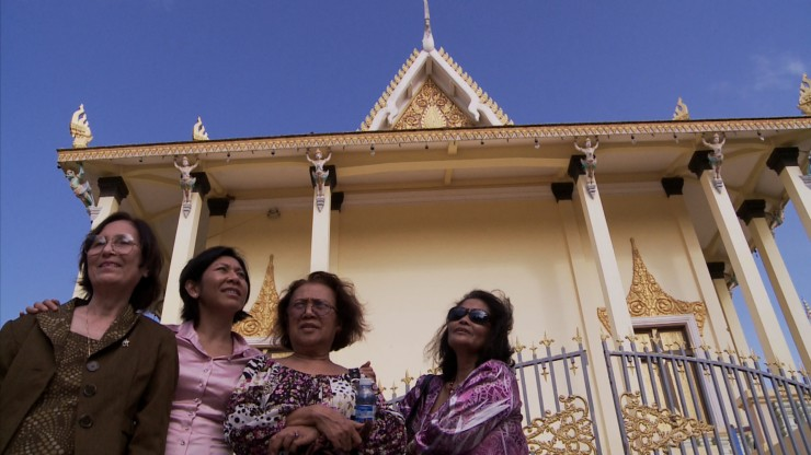 Women at Temple (1)