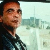 A Taste Of Cherry (France/Iran, 1997) aka Ta'm E GuilassDirected by Abbas KiarostamiShown: Homayon Ershadi